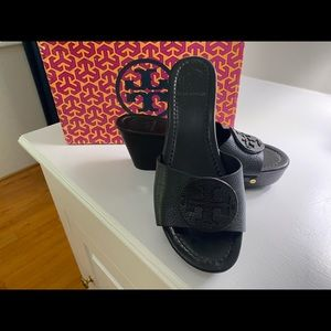 Tory Burch Patti Wedge size 7  - Perfect Condition
